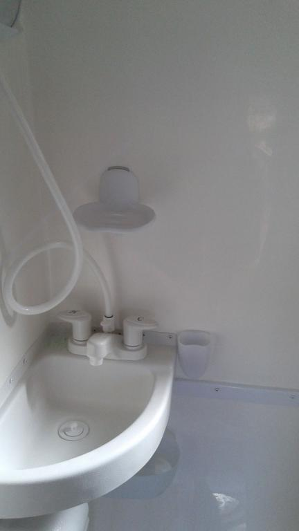 3m bathroom accessories scamp owners international for Bathroom ideas 3m x 3m